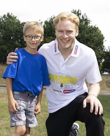 Orpington's sports mad footballer meets Paralympic hero Jonnie Peacock